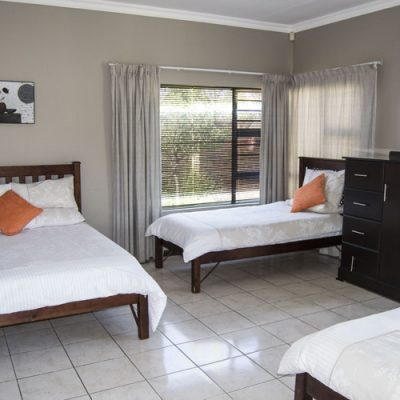 Andela Guesthouse - Room 1