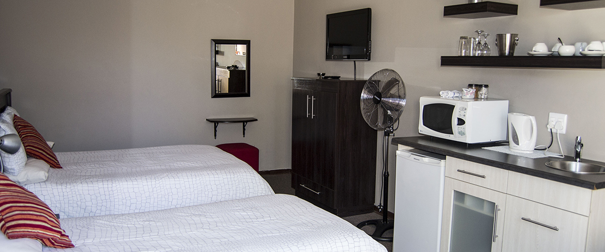Andela Guesthouse - Room 6